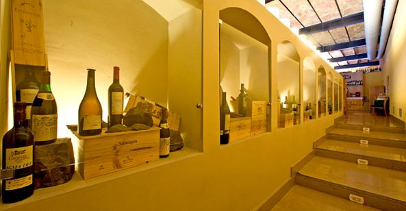 Celler de l'Àspic, interior